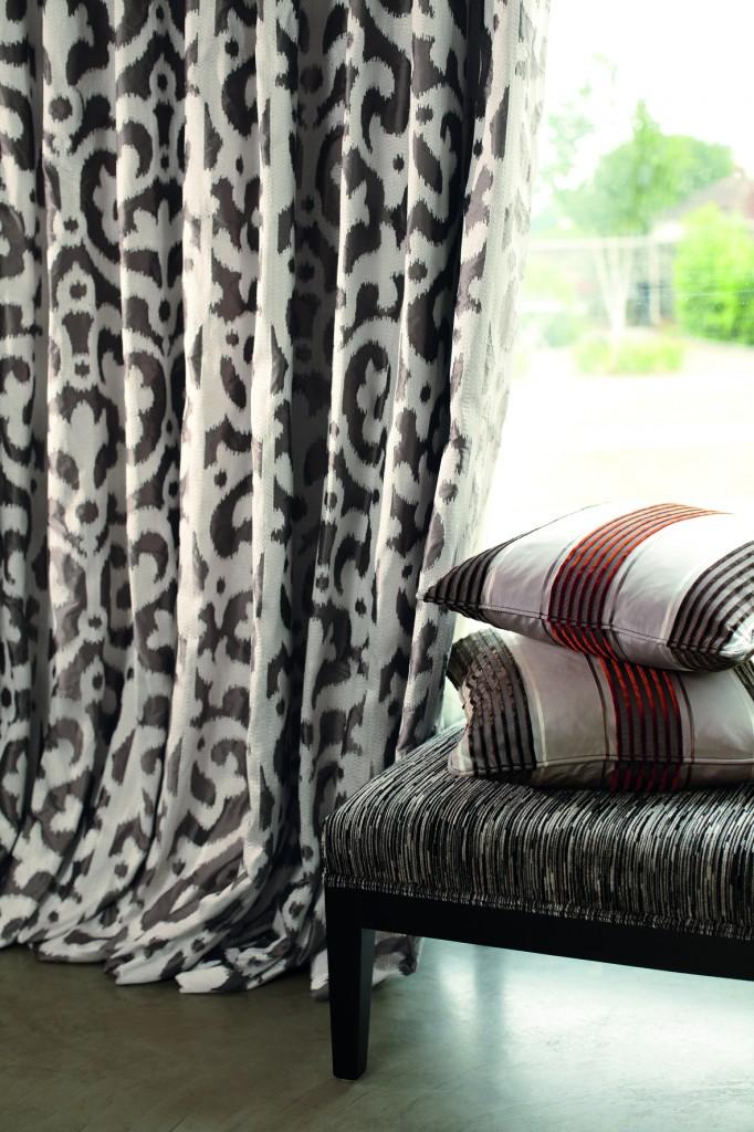 etofea rideaux en soie rideaux sur mesure paris. Black Bedroom Furniture Sets. Home Design Ideas