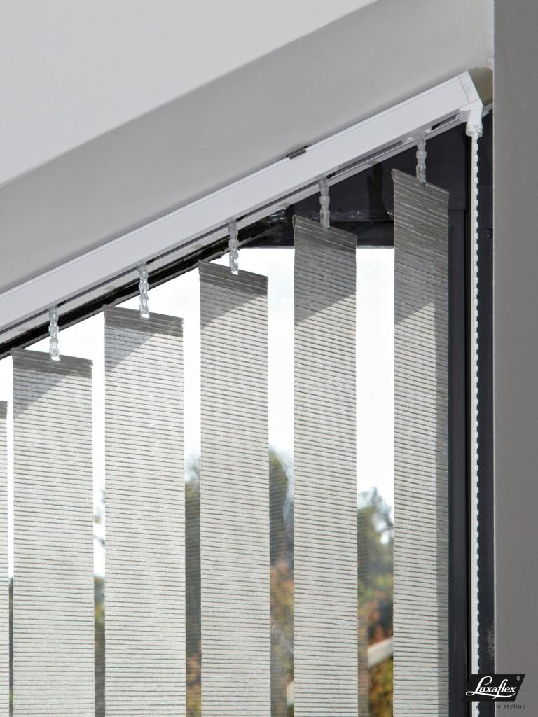 Etofea stores californiens de luxaflex stores sur mesure paris for Store bande verticale marseille