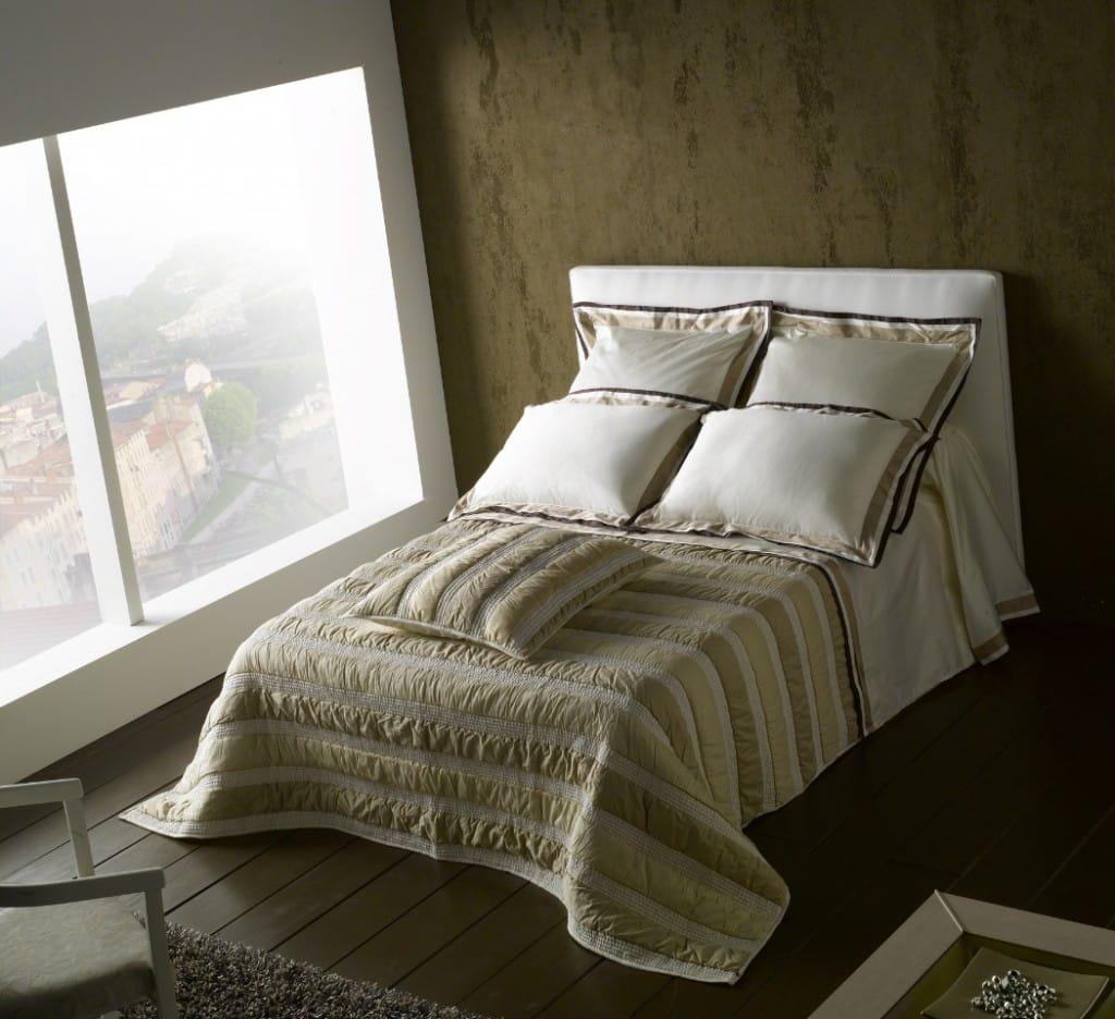 etofea jet de lit matelass jet s et t te de lit sur mesure paris. Black Bedroom Furniture Sets. Home Design Ideas