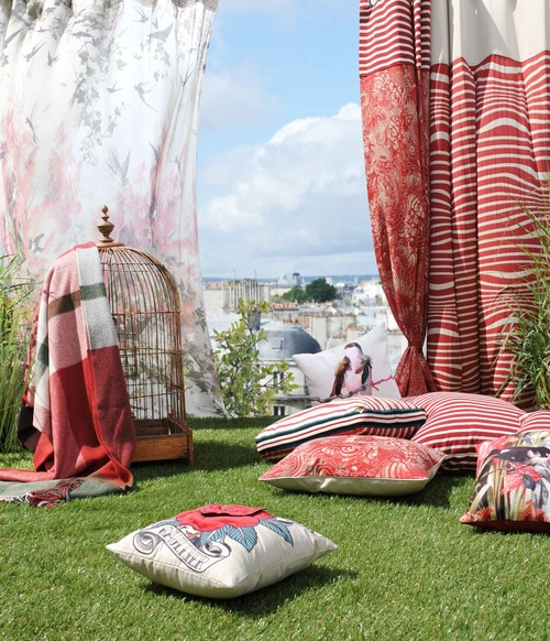 Thème été : rideaux, plaid, coussins :  tissus ameublement Jean Paul Gaultier