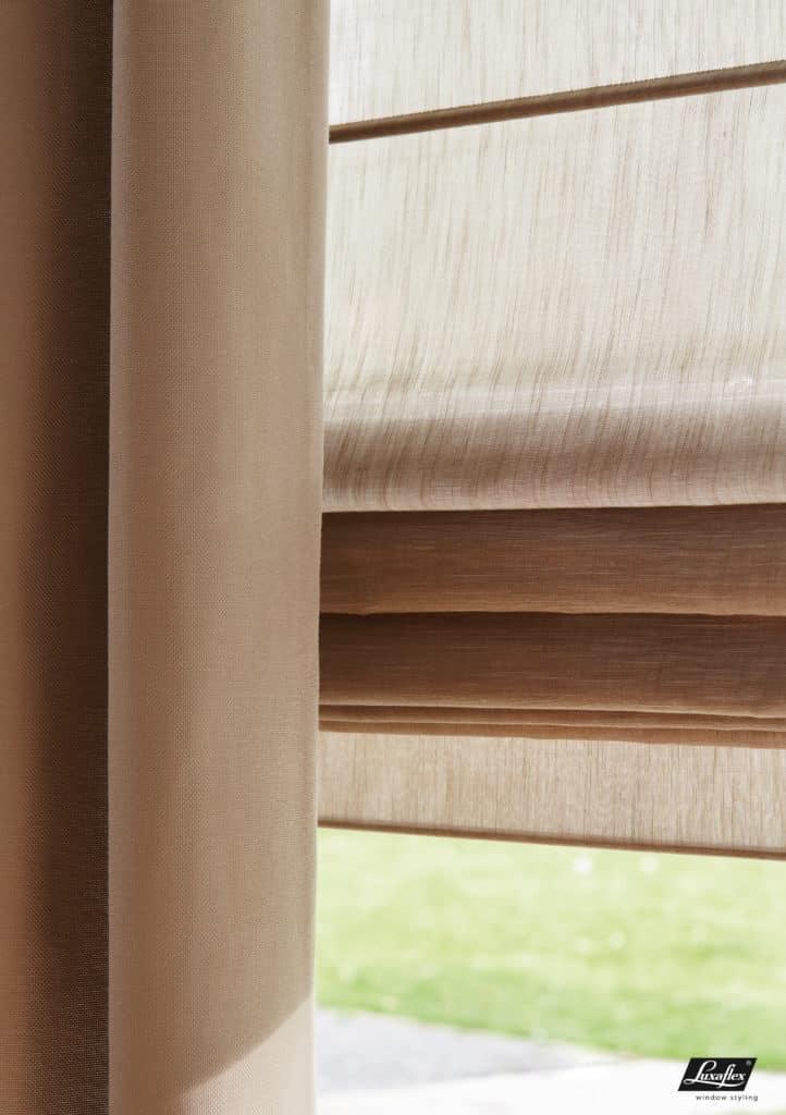 Store fenêtre trapèze